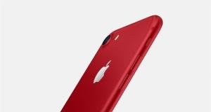 Kırmızı iPhone 7 satışa çıktı