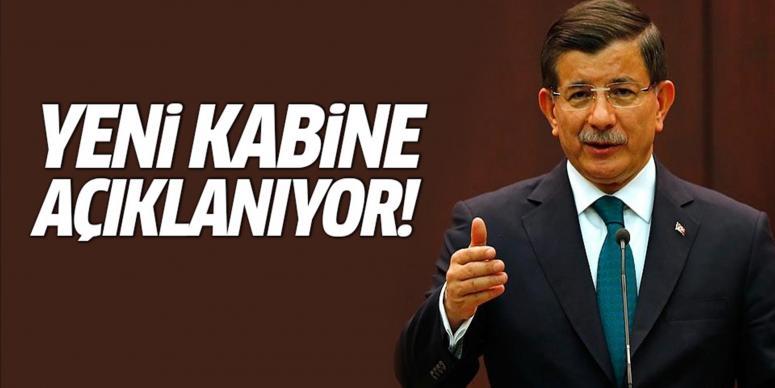 Başbakan Davutoğlu yeni kabineyi açıklıyor