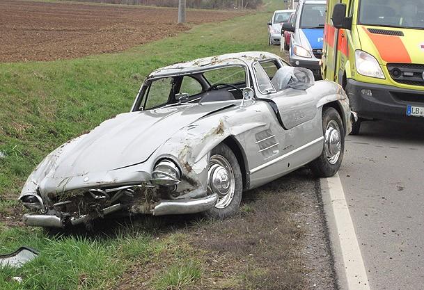 Almanya'da 1 milyon dolarlık kaza