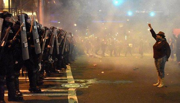 ABD'deki 'polis şiddeti' cep telefonu kamerasında