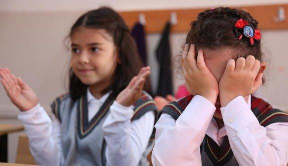 'Okulun ilk günü çocuğun ağlaması normal kabul edilmeli'