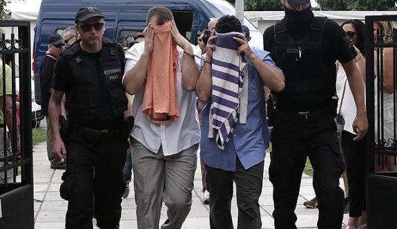 Yunanistan'a kaçan darbeci hainler Times'a konuştu
