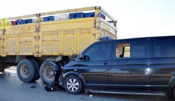 Bakan'ın kardeşi kazada yaralandı