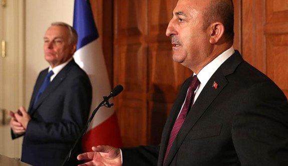 Çavuşoğlu'ndan Fransız Bakan'a OHAL cevabı!