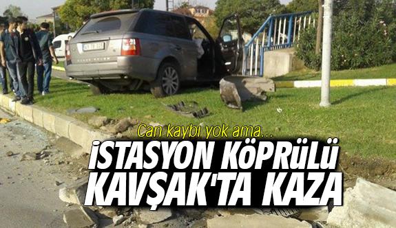 İstasyon Köprülü Kavşak'ta kaza