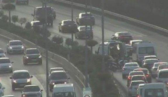 İşte İstanbul'da trafiği kilitleyen korkunç olay...