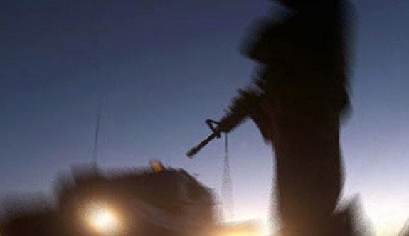 PKK'lı teröristler askeri üs bölgesine saldırdı
