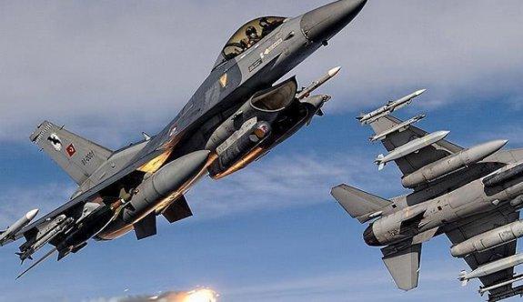 Türk savaş uçakları yerle bir etti