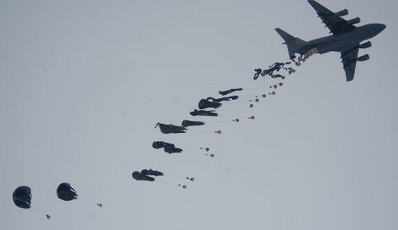 ABD'den PYD'ye havadan silah yardımı