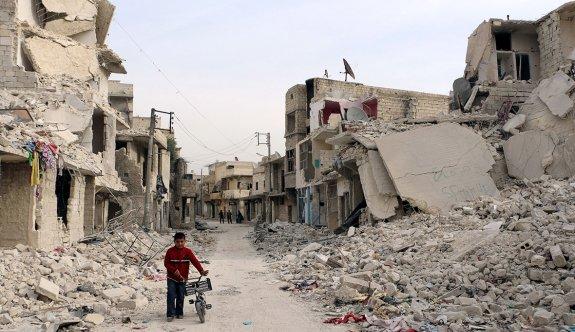 Bombalardan kurtulan Halepliler için açlık kapıda