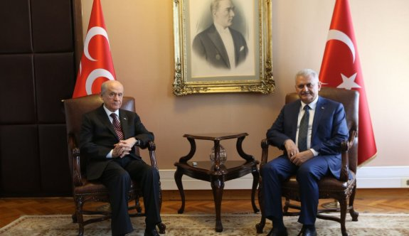 'Cumhurbaşkanlığı sisteminde Ak Parti ile MHP arasındaki iki pürüz'