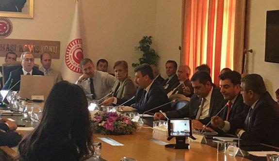 Darbe Komisyonu'nda 'canlı yayın' tartışması