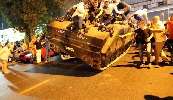 İstanbul'da FETÖ'den 2 bin 250 kişi tutuklandı