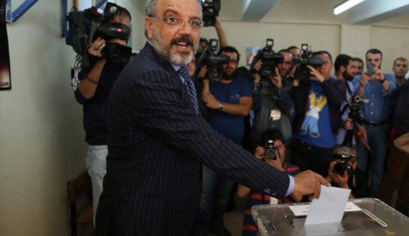 Mahkemeden Sırrı Sakık'a hapis cezası!