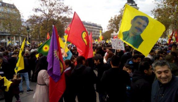 PKK, teröre lanet mitingine saldırdı