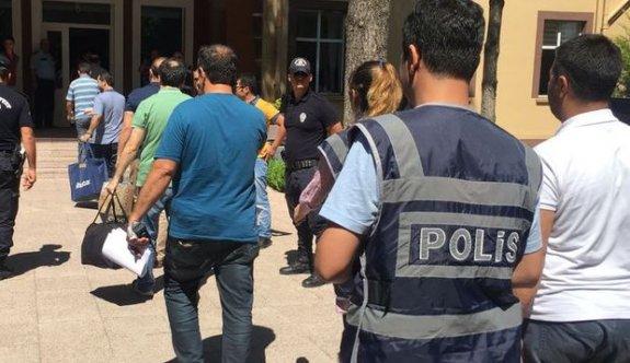 523 askere FETÖ'den gözaltı kararı