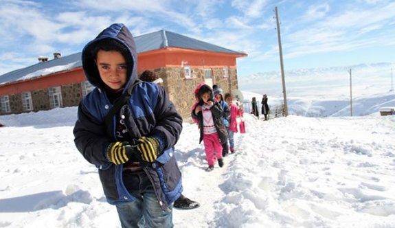 Okullar tatil mi? 15 Aralık Perşembe kar tatili olan iller