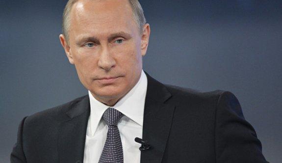 Putin'den sert tepki: Obama dünyayı karıştırmaya çalışıyor!