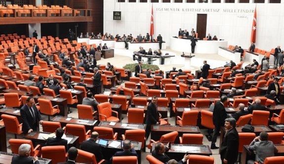 Anayasa teklifinin 8. maddesi kabul edildi