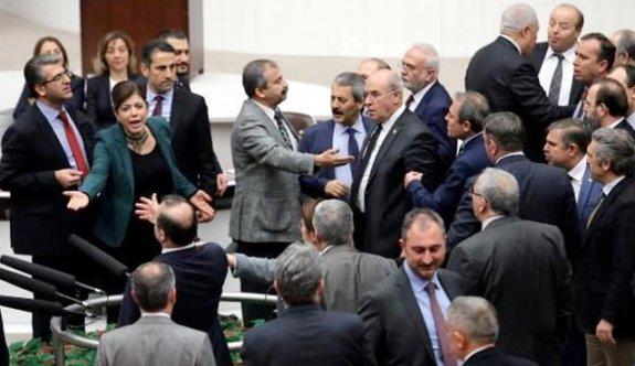 HDP'li Paylan'a Meclisten çıkarma cezası