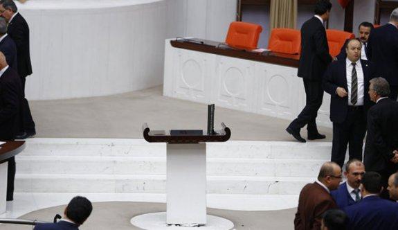 Meclis'in 15 bin euro'luk kayıp mikrofonu için özel ekip kuruldu