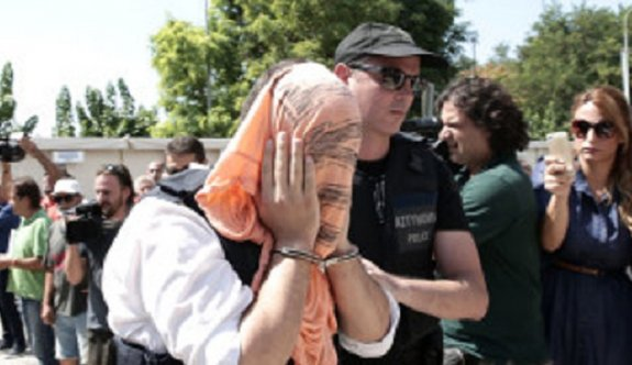 Yunanistan'a kaçan FETÖ'cü askerlerle ilgili karar ertelendi