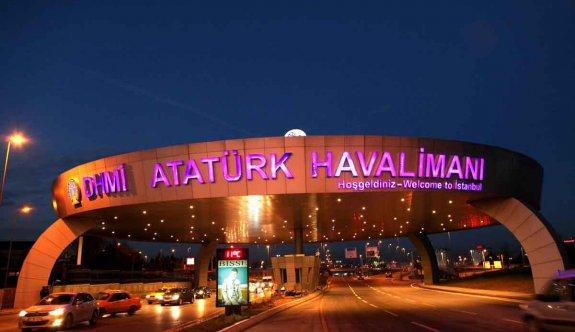 Atatürk Havalimanı'nda şüpheli minibüs alarmı
