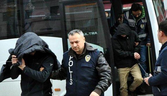 Fetih El Şam üyesi teröristin evinden FETÖ ele başı Gülen'in kitabı çıktı