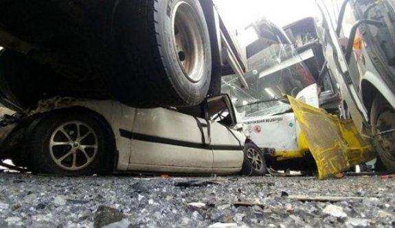 Konya'da zincirleme trafik kazası! 40 araç birbirine girdi
