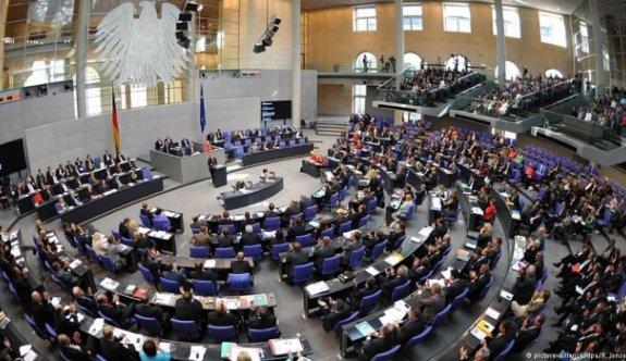 Alman milletvekili FETÖ listesinde