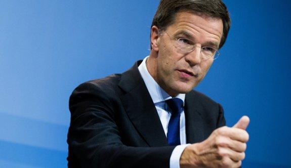 Hollanda Başbakanından polise vahşet tebriği!