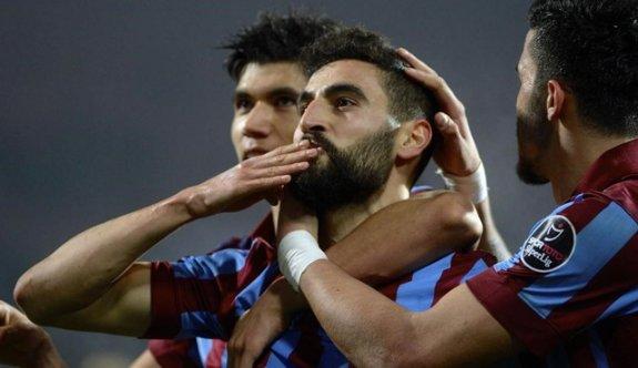 Mehmet Ekici Fenerbahçe'ye imza attı!