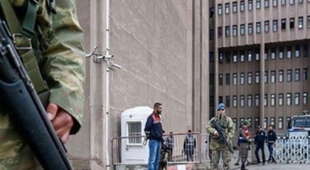 'Sorguda kaburgamı kıran asker bir ay sonra FETÖ'den tutuklandı'