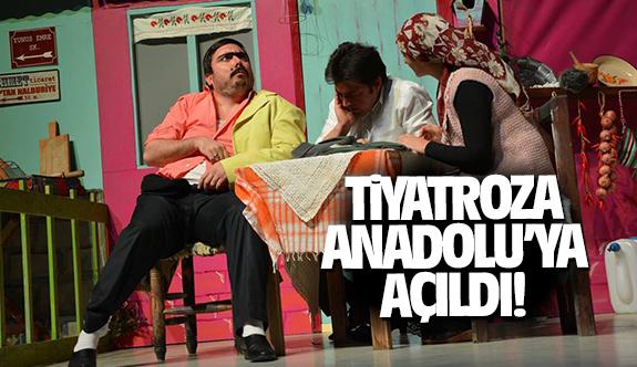 Tiyatro Roza Anadolu'ya açıldı