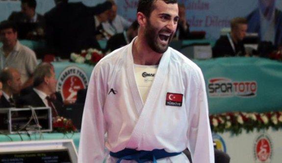 Milli karateciler Aktaş ve Yakan'dan altın madalya