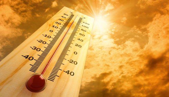 Antalya'da sıcaklık 38 dereceye ulaştı