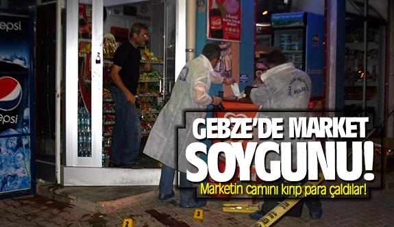 Gebze'de market soygunu! Marketin camını kırıp para çaldılar!