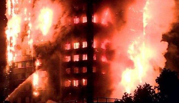 Londra'da 27 katlı binada yangın!