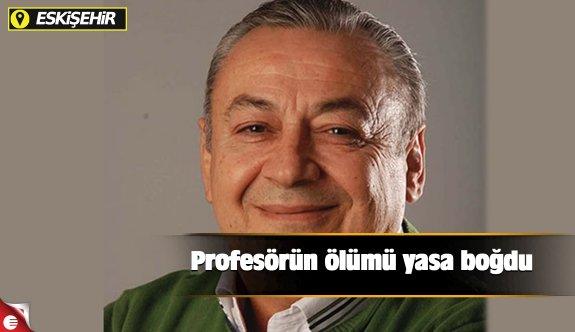 Profesörün ölümü yasa boğdu