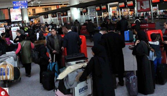 Atatürk Havalimanı'nda sömestr tatili yoğunluğu
