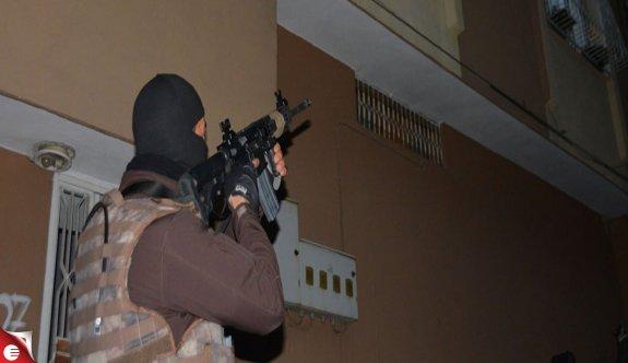 İstanbul ve Adana'da uyuşturucu operasyonu
