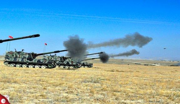 Türkiye'den PYD mevzilerine top atışı!