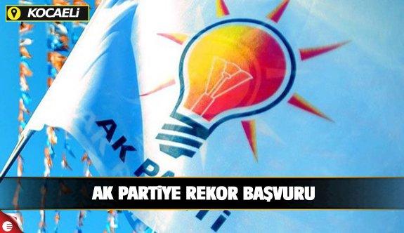 AK Parti il yönetimine rekor başvuru