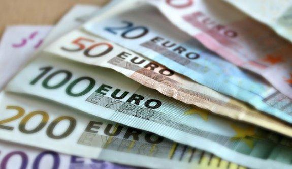 Avrupa'da büyümeyle yükselen euro yeni rekor kırdı