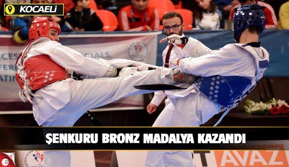 Büyükşehirli Şenkuru bronz madalya kazandı