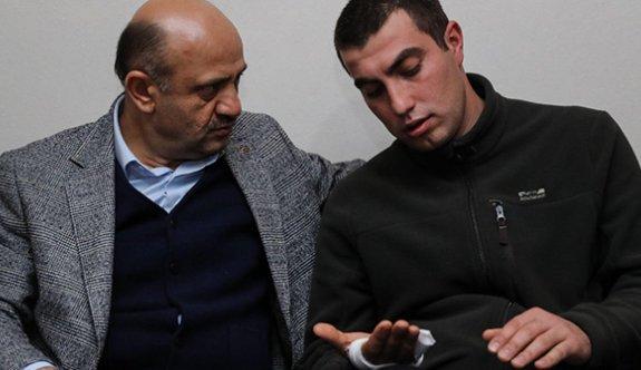 Işık, Afrin'de gazi olan İzmitli askere gitti
