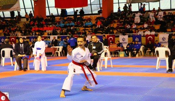 Karateciler Kocaeli'de Buluştu