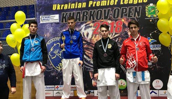 Ukrayna'dan madalyalar ile döndüler