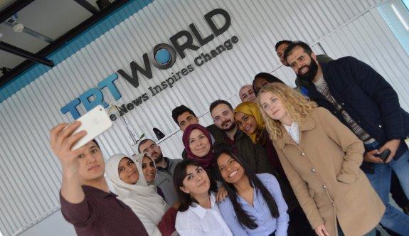 Büyükşehir'in Uluslararası öğrencileri TRT World'ü ziyaret etti