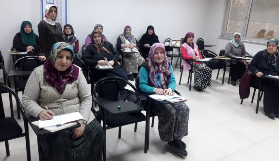 """Halk Üniversitesi KO-MEK' ten Okuryazarlık Kampanyasına tam destek  ''42 Kurs Merkezinde 1344 Kursiyer"""""""